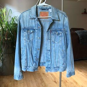 Perfect Levi's Jacket